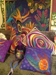 Купить Радужные подушки - шерсть, Валяние, валяние из шерсти, фелтинг, интерьер, интересный подарок, подарок