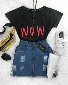 ❤️ Mais um look que amor ❤️❤️ graphic tee, high waisted jean mini skirt, white sneakers. Teenager Outfits, Outfits For Teens, Trendy Outfits, Cool Outfits, Teen Fashion, Korean Fashion, Fashion Outfits, Womens Fashion, Fasion