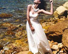 Taffeta wedding gown | Etsy Bridal Gowns, Wedding Gowns, One Shoulder Wedding Dress, Formal Dresses, Etsy, Fashion, Bride Dresses, Homecoming Dresses Straps, Dresses For Formal