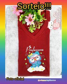 ⭐BONITOS, HORA DE SORTEIO!⭐Nossa parceira @artbordadooficial quer presentear um de vocês meus bonitos com uma linda camisa personalizada, cheia de todo carinho e qualidade dos produtos da @artbordadooficial ❤️ Quer participar? Siga as regrinhas abaixo😉: Para participar basta: - - 1⃣Marcar 1 amigo em cada comentário. ( Comentem quantas vezes quiserem) - - 2⃣Seguir os perfis @artbordadooficial @pedagoga.ingridmoraes - - 3⃣curtir a publicação ... e boa sorte! O sorteio acontecerá no dia (30/05/202 30, V Neck, T Shirts For Women, Instagram Posts, Fashion, Good Luck, Prize Draw, Physical Intimacy, Products