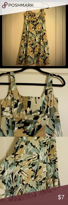 Floral  fitted to flow dress Nice floral print Dress. Dress Barn Dresses