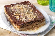 Kolač od keksa i banane - Recept - Kolači Greek Sweets, Greek Desserts, Party Desserts, Sweet Recipes, Snack Recipes, Dessert Recipes, Kolaci I Torte, Banoffee, Icebox Cake
