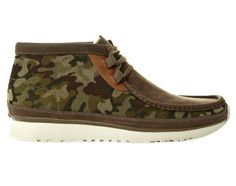 Image of Clarks Hybrids 2013 Spring/Summer Camouflage Collection Mens Casual Leather Shoes, Casual Shoes, Mens Boots Fashion, Fashion Shoes, Hot Shoes, Men's Shoes, Nike Shoes, Clarks Shoes Mens, Camo Designs