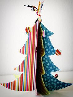Countdown to Christmas: Crafts, Food and DIY Gifts: 3-D Tree (via Parents.com)