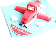 Tarta Dusty de la pelicual Aviones de Disney elaborada por TheCakeProject en Madrid