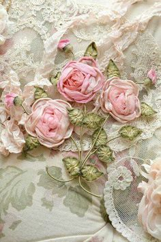 roses and lace, pastels