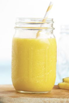 Vitamix Recipes - Smoothies For Vitamix Blender - PINEAPPLE REFRESHER Yield: 2 3/4 cups Total time: 16 minutes  Ingredients: 1/2 cup pineapple juice 1/4 cup orange juice 3/4 cup peeled cantaloupe 1 cup frozen pineapple chunks 1/2 cup ice cubes