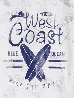 LE TEE-SHIRT CALL :                     Top ce tee-shirt pour un look de surfeur !            LE TEE-SHIRT CALL, col rond, manches courtes, print.