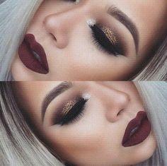Look de noche. Combina tus labios en vino con sombras café y glitter dorado.