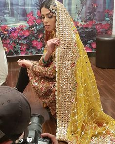 Image may contain: 1 person Pakistani Mehndi Dress, Pakistani Fancy Dresses, Bridal Mehndi Dresses, Pakistani Wedding Outfits, Indian Bridal Fashion, Pakistani Bridal Dresses, Pakistani Wedding Dresses, Pakistani Dress Design, Bridal Outfits
