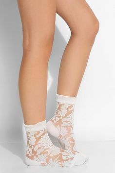 Ozone Floral Damask Sheer Crew Sock - Urban Outfitters