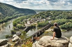 😍Harpers Ferry Overlook, West Virginia by elaine Cool Places To Visit, Places To Travel, Places To Go, Harpers Ferry West Virginia, Virginia Homes, Beautiful Sites, Day Trips, The Great Outdoors, West Va