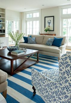 Gorgeous 80 Cozy Coastal Living Room Decorating Ideas https://crowdecor.com/80-cozy-coastal-living-room-decorating-ideas/