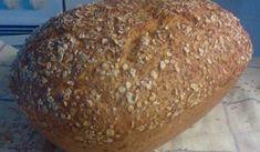 """En kort tid bodde jag i en skruttig etta utan ordentligt kök, och hade endast tillgång till en liten bordsspis med ugn. Vad gör man då när man älskar att baka bröd? Jo, man bakar i lergryta. I """"Laga i lergryta"""" fann jag detta recept, en stor favorit."""