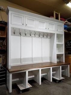 Mudroom Bench Plans, Mudroom Cubbies, Mudroom Cabinets, Entryway Cabinet, Mudroom Laundry Room, Mudroom Storage Ideas, Entryway Hall Tree, Entry Bench, Storage Room