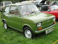 Not even a driver's door mirror! Fiat 500, Maserati, Ferrari, Fiat Models, Strange Cars, Fiat Cars, Design Cars, Fiat Abarth, Steyr