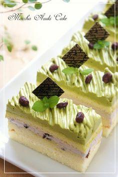 Entremets au thé matcha et pâte d'azukis - Génoise, chocolat blanc et chantilly - Matcha Chocolate Azuki Mont Blanc Shortcake