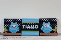 #Canvas #Drieluik formaat 20x20cm met een naam in het midden en #uiltjes aan de zijkanten. Gemaakt met stof en vilt en wiebeloogjes  Canvas size 20x20cm with the name in the middle and owls on the side. made with fabric and felt