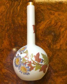 Royal Worcester Blush Ivory Bud Vase 1887