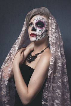 Sugar Skull fashion photo shoot with sugar skull face art done by 16 year old Face Art FX by Rachel done on herself for her photoshoot.   Photo credits: White Daffodil Photography https://www.facebook.com/whitedaffodilphotography https://www.facebook.com/FaceArtbyRachel Instagram- that.painting.girl   Twitter- @FaceArtbyRachel  YouTube- Face Art FX by Rachel