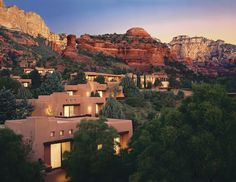 Begin your southwest vacation at Enchantment Resort in Sedona, Arizona. This luxury hotel spa resort blends effortlessly into the fascinating landscape. Sedona Arizona, Arizona Trip, Arizona Travel, Arizona Usa, Sedona Vortex, Jerome Arizona, Enchantment Resort Sedona, The Places Youll Go, Deserts