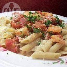 Foto recept: Penne met garnalen en tomaten-knoflooksaus