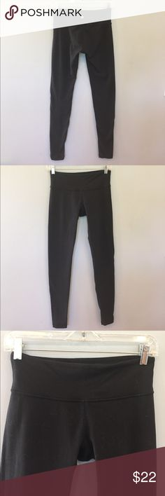 Lululemon Black Tights Preloved Still Fab Lulu classic tights preloved have inner pocket at waistband with size 6. These have pilling and fading but no rips/stains/tears. They will be lint rolled prior to shipping. Not new but well cared for with much life left. Reasonable offers welcome no trades, selling for a friend. Please be fair! lululemon athletica Pants Leggings