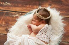 Angel Wings and Halo FREE crochet pattern for infant photo prop #cre8tioncrochet