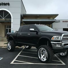 Dodge Cummins, Dodge Ram Diesel, Chevy Diesel Trucks, Old Pickup Trucks, Ram Trucks, Dodge Trucks, Lifted Trucks, Cool Trucks, Lifted Cummins