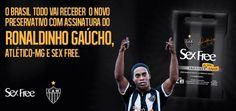 """Ronaldinho Gaúcho, embaixador da UNAIDS (Organização das Nações Unidas contra a SIDA), lançou uma marca de preservativos com o nome """"Sex Free""""."""