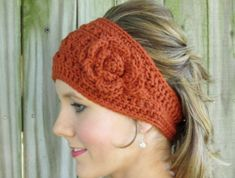 Crochet Patterns Headband 5 Ear Warming Headbands - The Yarn Box If i can figure this out by Christmas the. Crochet Ear Warmer Pattern, Crochet Headband Pattern, Crochet Beanie, Crochet Headbands, Crochet Ear Warmers, Crochet Bowl, Free Crochet, Knit Crochet, Flower Crochet