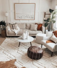 Boho Living Room, Home And Living, Living Rooms, Living Room Decor Curtains, Bohemian Living, Living Room With Fireplace, Bohemian Style, Living Room Furniture, Living Spaces