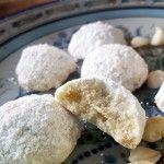 white chocolate macadamia snowball cookies