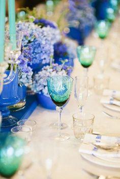 Ocean blues, cobalt, sea green, wedding tables cape, blue color scheme
