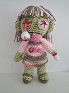 Zombies! This is kinda cute. Can you imagine a little girl walking around with this?!  Etsy pattern $6