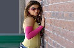 Hd wallpapers hansika purple color t shirt cap hansika motwani