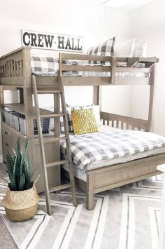space-saving bunk beds for small spaces that you have to copy in 2019 - space-saving bunk beds for small rooms that you need to copy 2019 ideas for bunk beds, shared bedroom ideas, Bunk Bed Rooms, Bunk Beds Boys, Big Boy Bedrooms, Shared Bedrooms, Boys Bedroom Decor, Kid Beds, Boys Bedroom Ideas With Bunk Beds, Bedroom Setup, Boys Bedroom Furniture