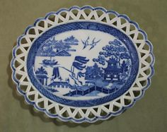 Small Oval Antique Circa-1800 Blue Will Oval Pearlware Reticulated Platter Plate #Staffordshire