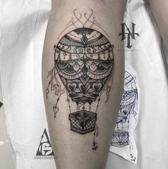 What does hot air balloon tattoo mean? We have hot air balloon tattoo ideas, designs, symbolism and we explain the meaning behind the tattoo. Air Balloon Tattoo, Hot Air Balloon, Future Tattoos, New Tattoos, Coldplay Tattoo, Shin Tattoo, Hummingbird Tattoo, Piercing Tattoo, Skin Art