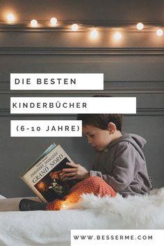 Kinder können sich wunderbar für eine gewisse Zeit selber beschäftigen, indem sie ein Buch lesen. Besonders Kinder können mit ihrer blühenden Fantasie in andere Welten abtauchen und alles um sich herum vergessen. Heute möchten wir euch die besten Bücher für Kinder zwischen 6 und 10 Jahren vorstellen. Die meisten guten Autoren sind Wiederholungstäter. Daher werden wir euch Bücher von 4 unserer liebsten Kinderbuchautoren auflisten. Reading Books, Left Out, Books For Kids, Good Books, 10 Years, Too Busy, Fantasy