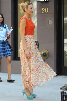 her shoes!!!!! :O <3    Want to see more: Streetstyle, Cara Delevingne? Click!