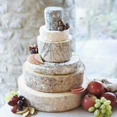 How to make your perfect cheese wedding cake - Secret Wedding Blog