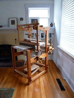 Glimakra 'school' loom by BeanJ52, via Flickr