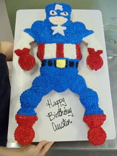 Captain America Cupcake Cake..not lying when I said that I will have a birthday cake like this!!