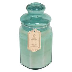 Highlighted in a beautiful glass jar, this elegantly crafted candle infuses your home with scents of summer.
