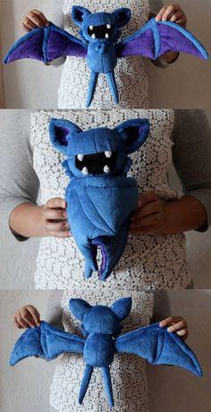 Zubat by Zareidy - Plushies Cute Crafts, Felt Crafts, Fabric Crafts, Diy And Crafts, Pokemon Craft, Pokemon Toy, Plushie Patterns, Animal Sewing Patterns, Sewing Toys