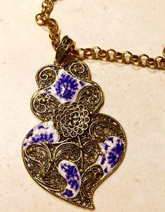 Colar comprido com acabamento em ouro velho e by LasJoyitasDeMarie