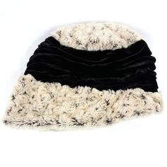 d5e171af819 Pandemonium Millinery Seattle Ana Hat Small 21 5 8 Winter Cloche Style Faux  Fur