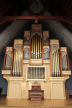 I first learned to play the pipe organ on the Holtkamp in Newton Hall, Mercer University, Macon, GA.