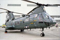 USN CH-46D (153345), 1992